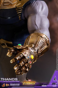 Hot Toys Thanos Action Figure Marvel-14