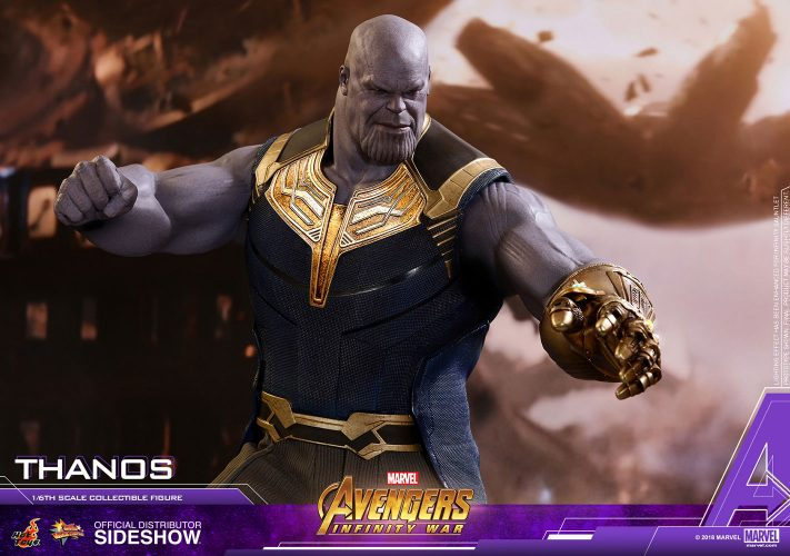 Hot Toys Thanos Action Figure Marvel-04